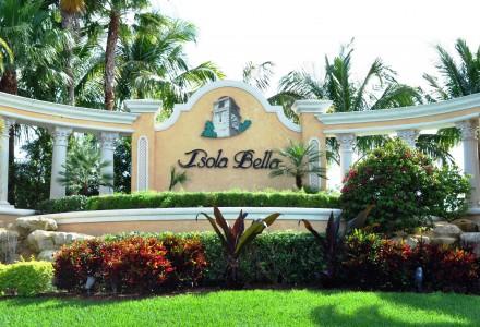 Isola Bella Community Entrance