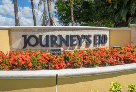 Journeys End Community Entrance
