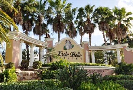 Isola Bella Estates Community Entrance