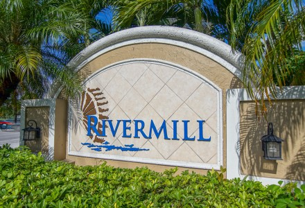 Rivermill Community Lake Worth FL Entrance Picture