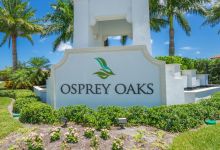 Osprey Oaks picture of front entrance