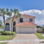 Gorgeous lakefront pool home in desirable Lake Charleston